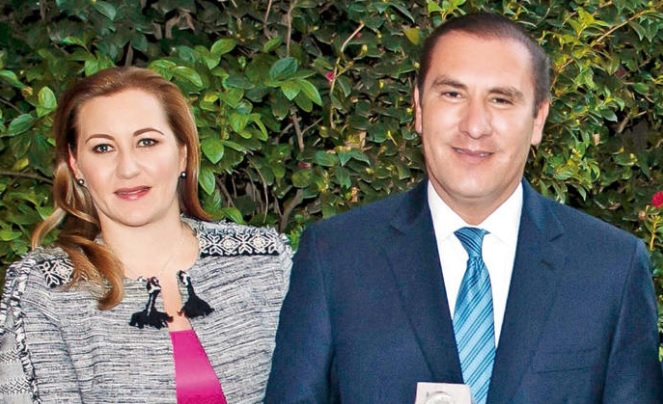 Mexican Governor and her politician husband die in an helicopter crash