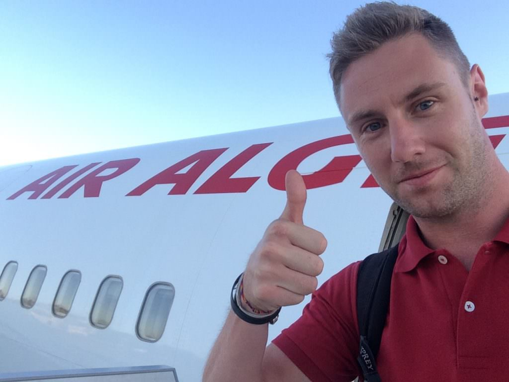 Here is Johnny Ward the Blogger Made $1 Million while Traveling  Globally