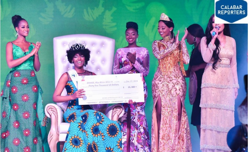 Miss Congo wig gets on fire as she celebrates winning Miss Africa 2018 in Calabar, Nigeria