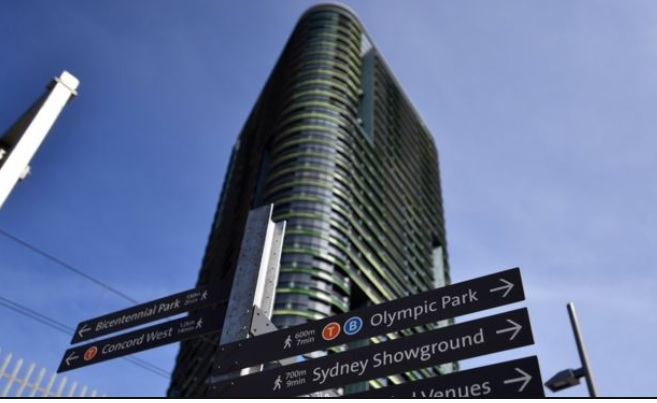 SYDNEY'S OPAL TOWER HAS A CRACK WHICH MAKES IT DANGEROUS FOR OCCUPANTS