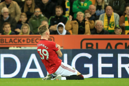Manchester United becomes the first team in EPL history to score 2000 Premier League goals