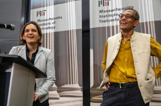 3 Nobel Prize winners have donated their prize money to future research in economics