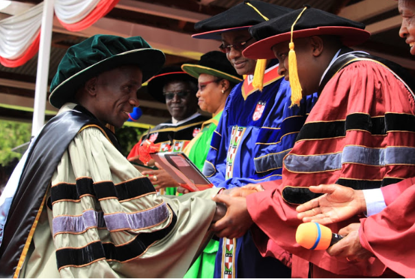 Eliud Kipchoge awarded honorary degree