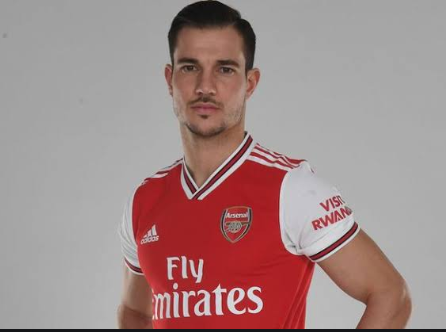 Arsenal sign Cedric Soares on loan from Southampton