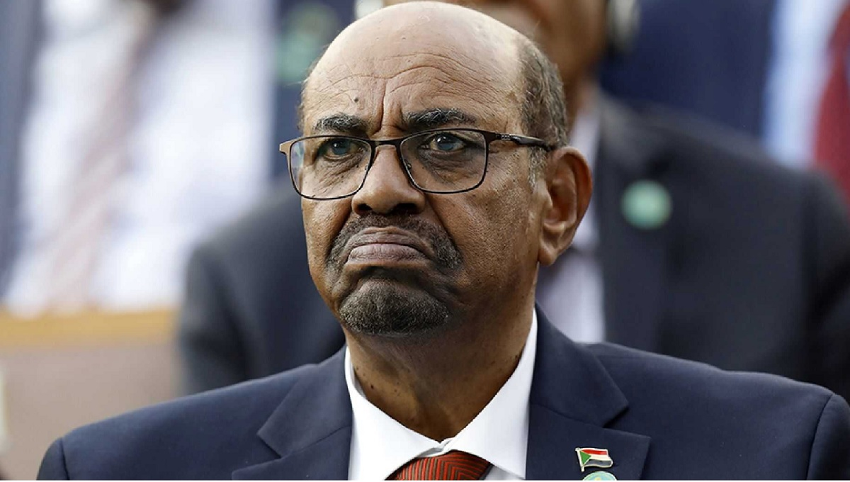Sudan has announced plans to surrender former President Omar el Bashir to the ICC