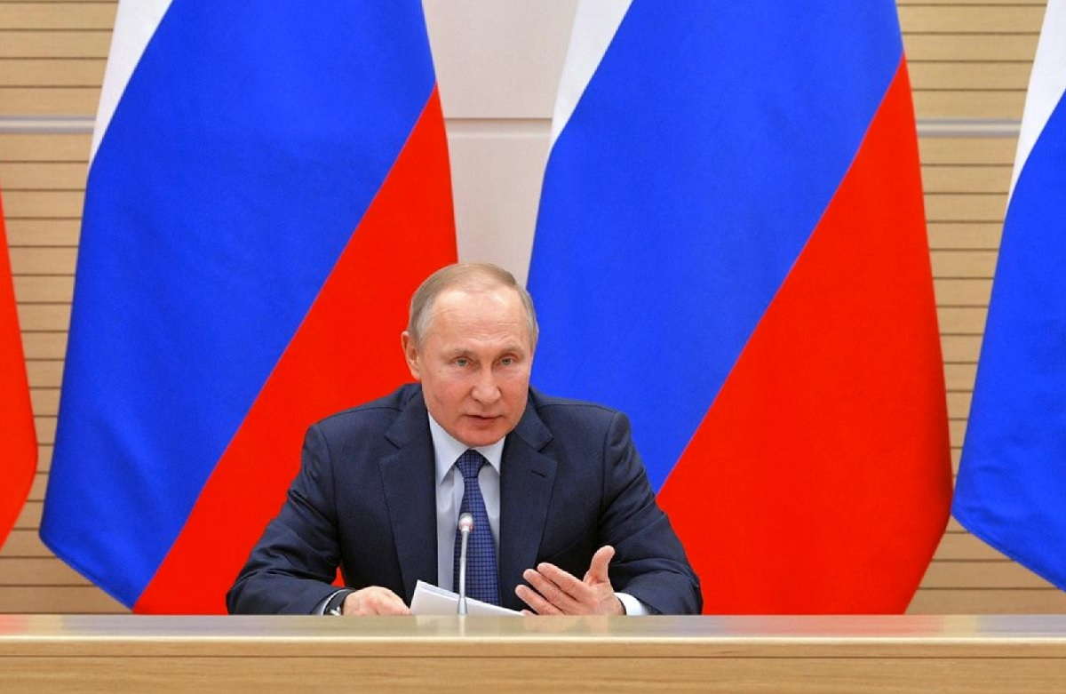 President Putin rules out the possibility of legalizing gay marriages as long as he is Russian president