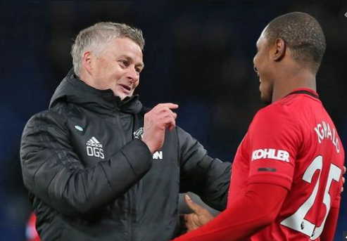 Ole Gunnar Solskjaer challenges Ighalo to make a permanent switch to United