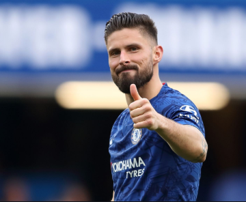Chelsea extend Olivier Giroud's contract