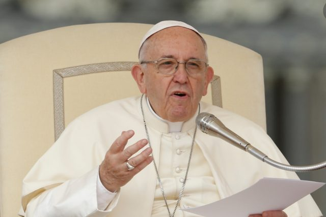 Pope Francis plans to receive Covid-19 this week