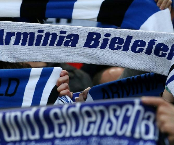 Arminia earn promotion to the Bundesliga after Hamburg draw at home