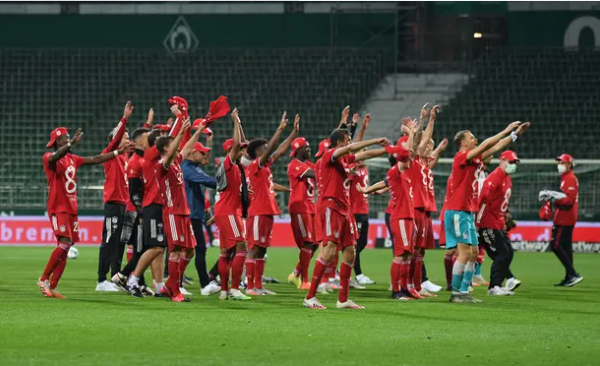 Bayern Munich clinch eighth successive Bundesliga title