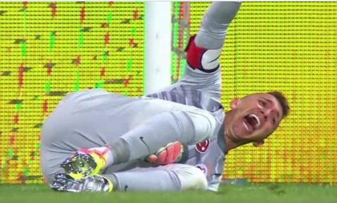 Galatasaray goalkeeper Muslera suffers an injury