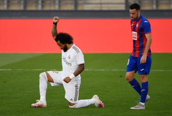 Real Madrid make winning return as Marcelo takes a knee