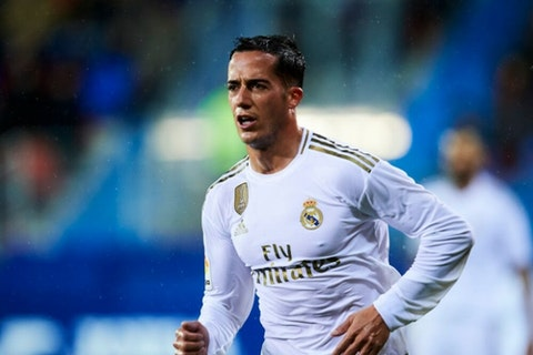 Real Madrid winger Vazquez suffers calf injury