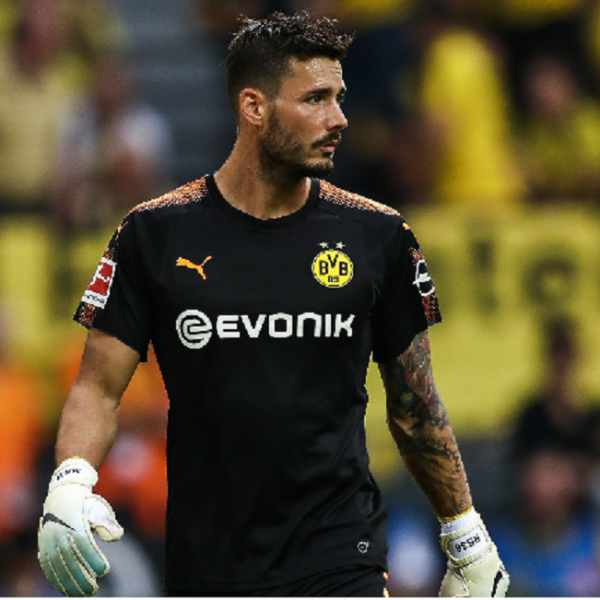 Burki signs two-year contract extension at Borussia Dortmund