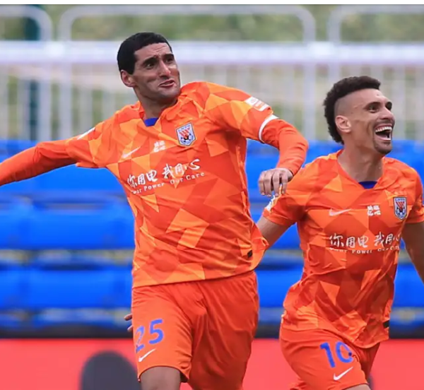 Fellaini scores hat-trick in his first CSL match since recovering from coronavirus