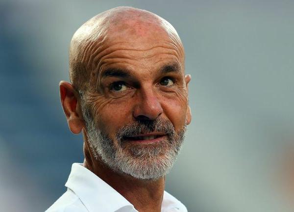 Pioli signs new contract at Milan
