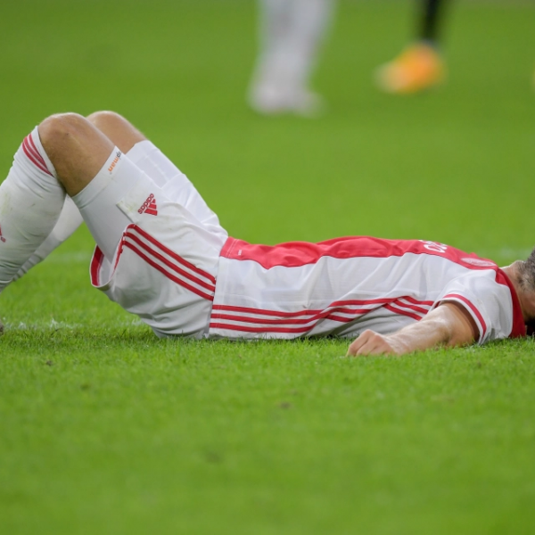 ''I'm okay and fine'' – Ajax defender Daley Blind gives update after collapsing
