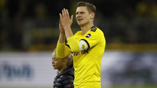 Dortmund's Piszczek to retire after 2020-21 season