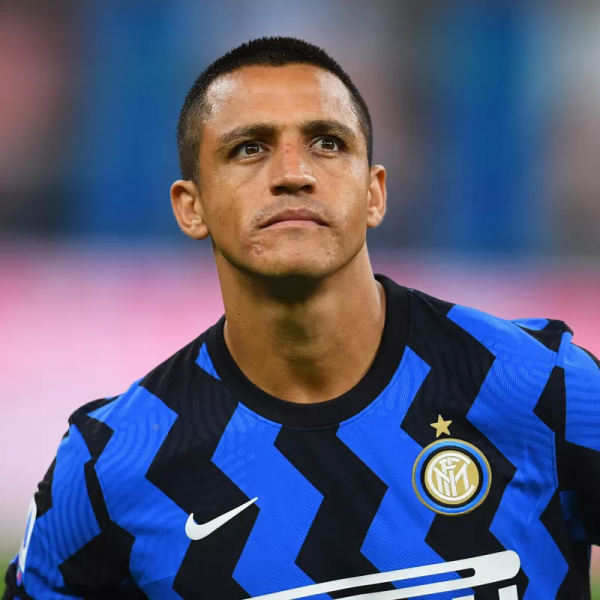 Inter sign Sanchez on a permanent deal from Manchester United