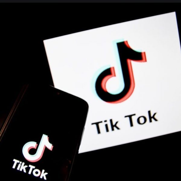 Trump orders TikTok's parent company to destroy user data and sale their investments within 90 days