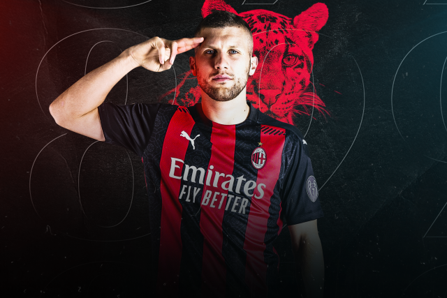 Rebic joins Milan on a five year deal