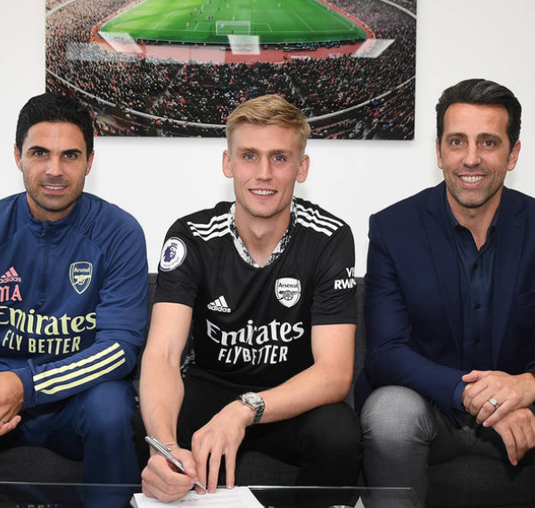 Arsenal sign goalkeeper Alex Runarsson from Dijon