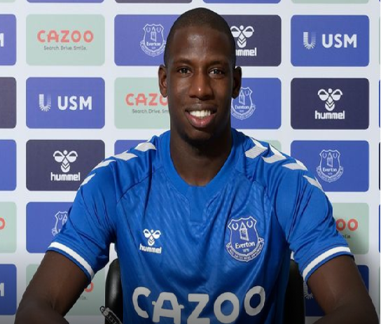 Everton sign Doucoure from Watford