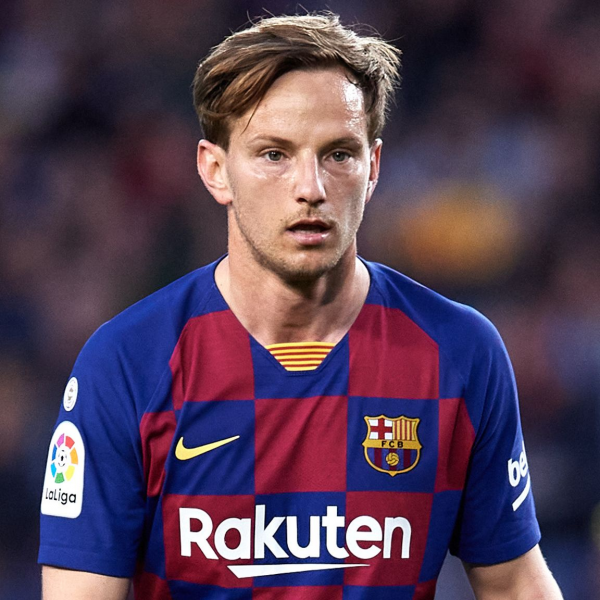 Rakitic rejoins Sevilla after six years with Barcelona