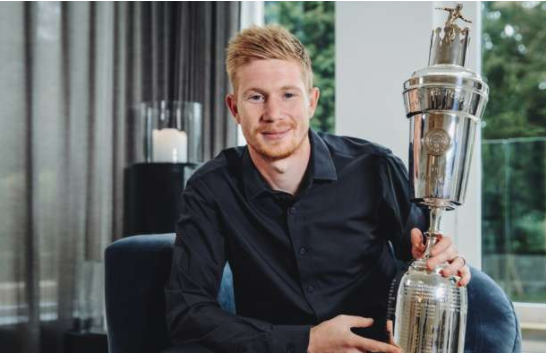 De Bruyne wins the PFA player of the Year award