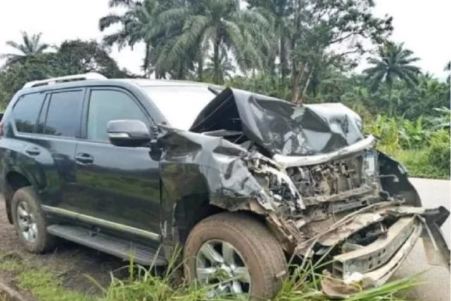 Former Football legend Samuel Etoo involved in a road accident in Cameroon