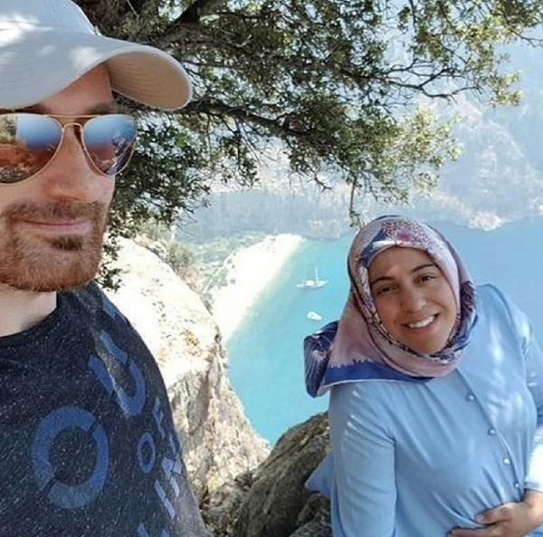Turkish man pushes his wife off the cliff after taking selfies with her