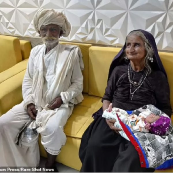 Indian woman alleges that she gave birth to her first child at age 70